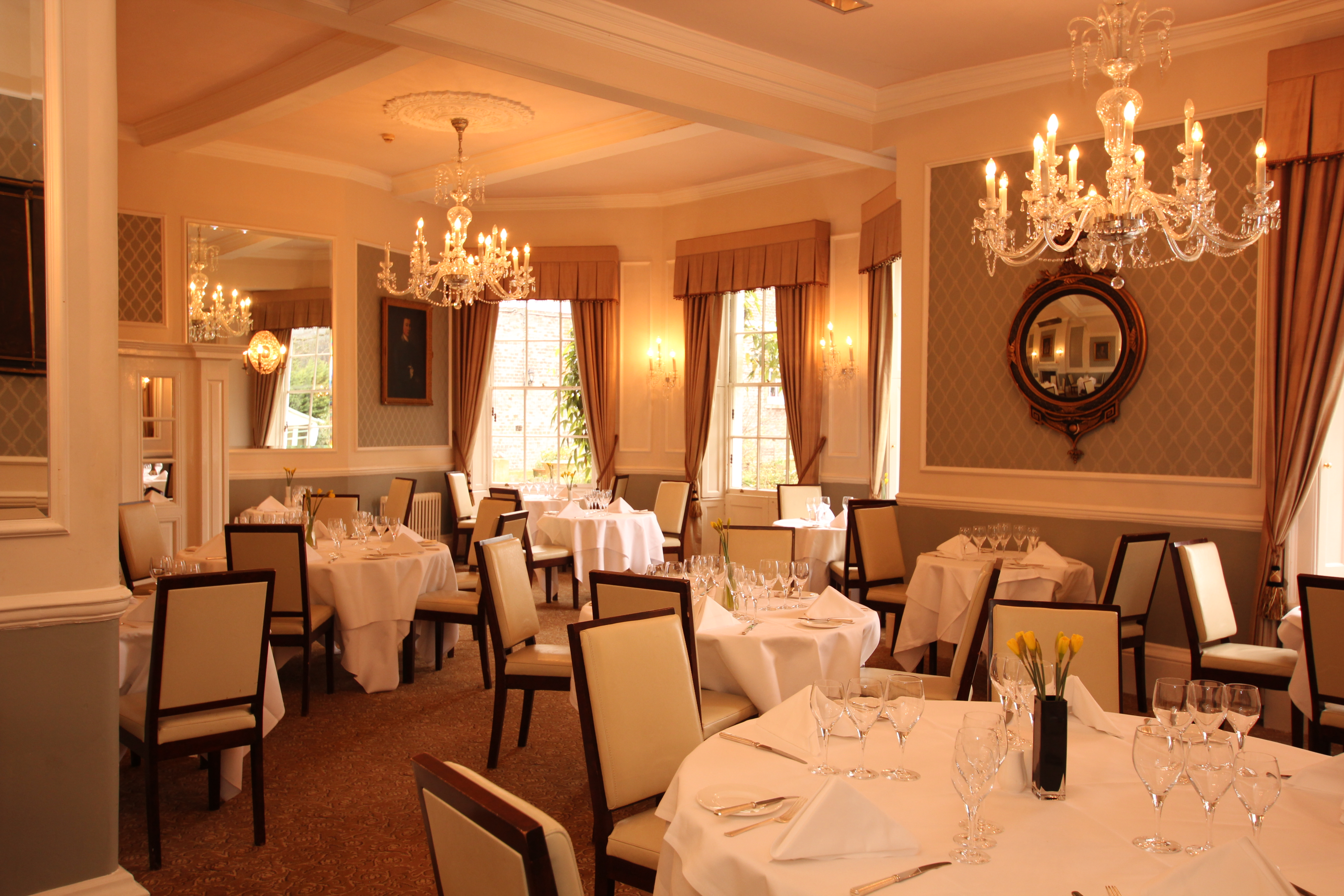 hotel dining rooms | The Shelleys Hotel Restaurant & Bar, High Street, Lewes ...